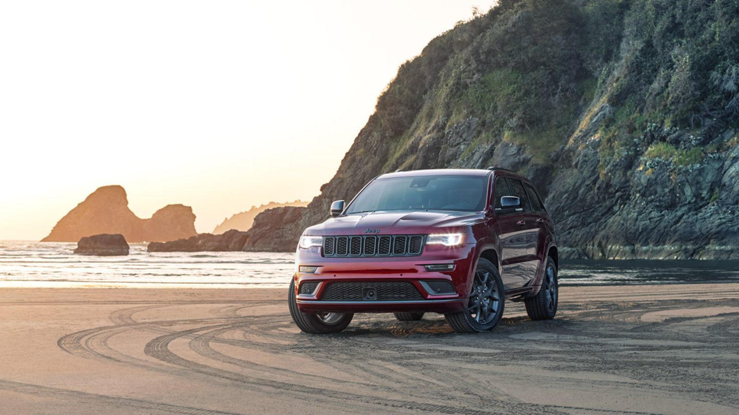2020 Jeep Grand Cherokee Front Red Exterior Picture